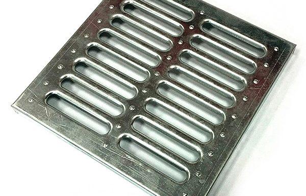 Решетка водоприемная Gidrolica 285х285 мм стальная оцинкованная